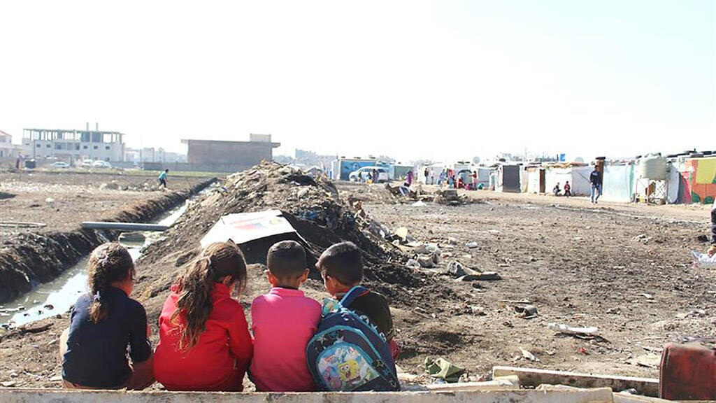 أطفال سوريون لاجئون في لبنان (فيسبوك)