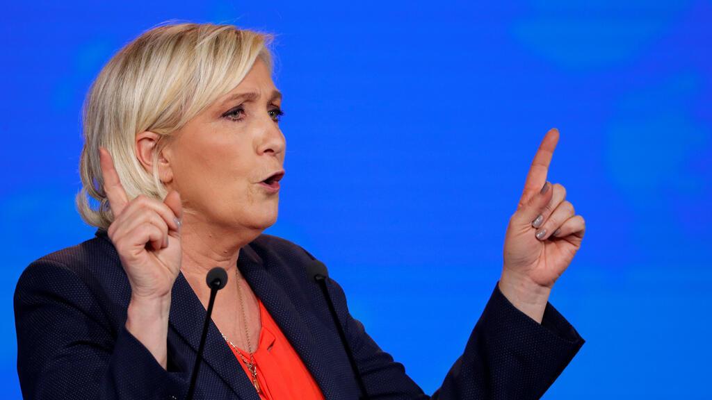 © زعيمة اليمين المتطرف الفرنسي مارين لوبن