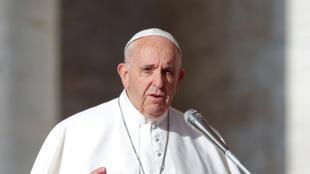 البابا فرنسيس ومحمود عباس