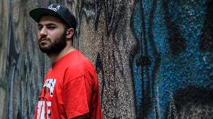 الفنان ومغني الراب الفلسطيني أسلوب
