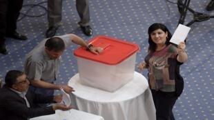 عبير موسي خلال التصويت على سحب الثقة من رئيس البرلمان التونسي