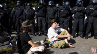 مظاهرات ضد تدابير العزل في برلين