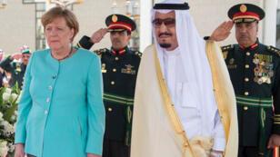 المستشارة الألمانية أنجيلا ميركل والعاهل السعودي الملك سلمان بن عبد العزيز