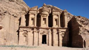 مدينة بترا الأردنية
