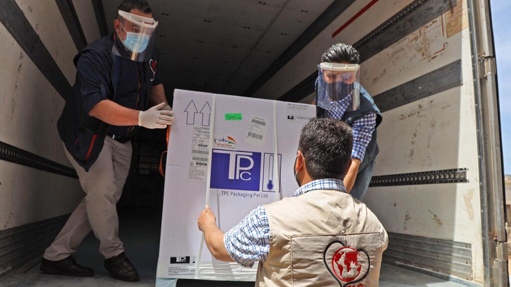 محافظة إدلب السورية تتسلم شحنات من لقاح أسترازينيكا
