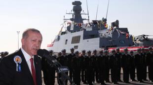الرئيس التركي إردوغان يتحدث خلال حفل في حوض بناء السفن في اسطنبول