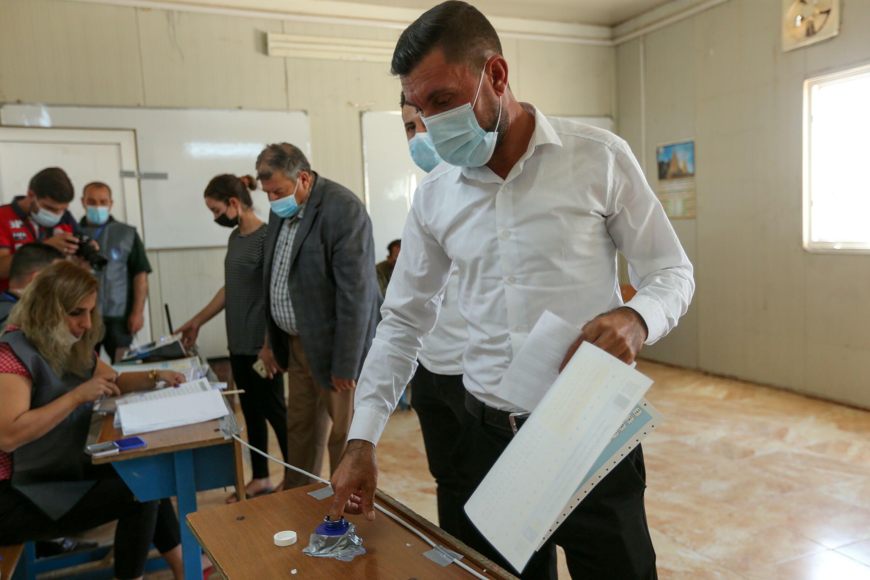 2021-10-08T115251Z_778158372_RC2N5Q914JTC_RTRMADP_3_IRAQ-ELECTION-DISPLACED (1)