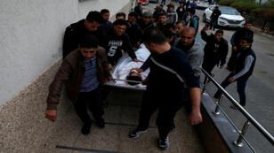 مقتل فلسطيني