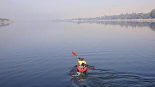 رياضة الكاياك في نهر النيل
