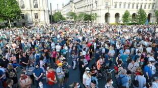 احتجاجات في بودابست