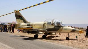 طائرة حربية تابعة للقوات الليبية الشرقية-