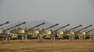 الجيش السعودي على الحدود اليمنية في جازان 27 كانون الثاني 2010