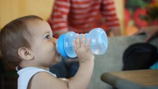 bebe_boire_eau