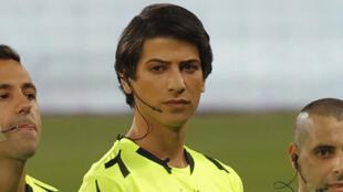 سابير بيرمان أوّل حكمة متحولة جنسياً في الدوري الإسرائيلي لكرة القدم