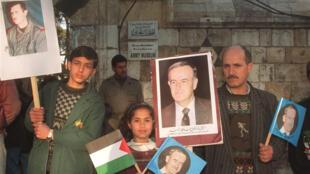 في العاصمة دمشق آذار 2000