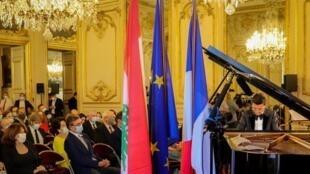 senat_francais_omar_harfouche)