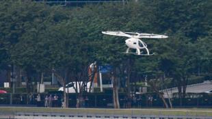 تاكسي طائر يحلق فوق سنغفورة يوم 22 أكتوبر 2019