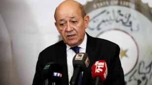وزير الخارجية الفرنسي جان-إيف لودريان في ليبيا