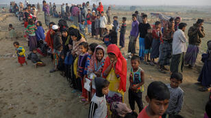لاجئون أطفال من الروهينغا