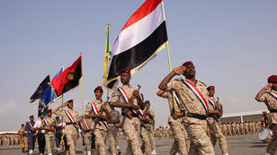 جنود يمنيون خلال عرض عسكري في عدن 14-10-2017