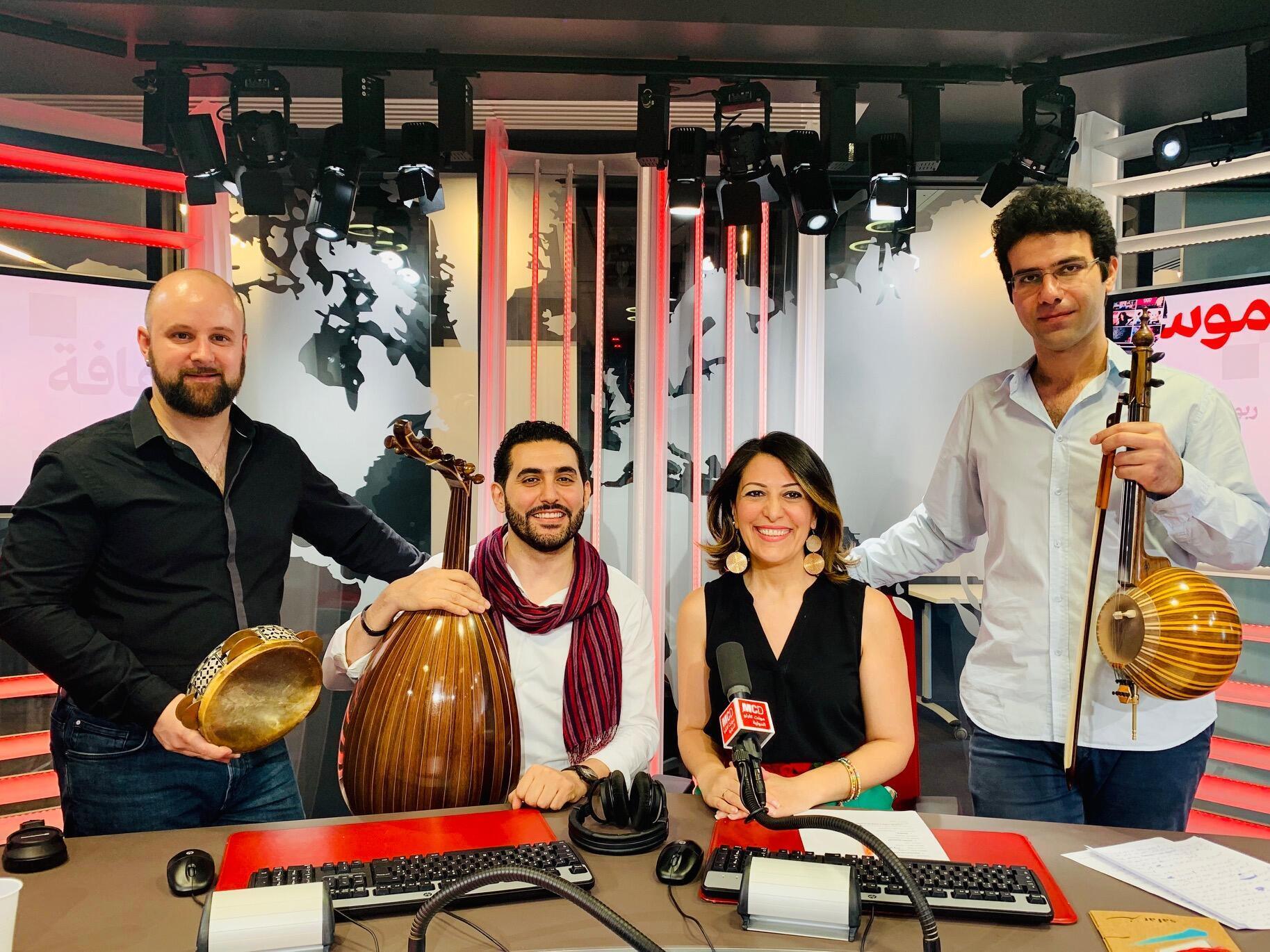 حلمي مهذبي وفرقته الموسيقية ضيوف الإعلامية عبير نصراوي